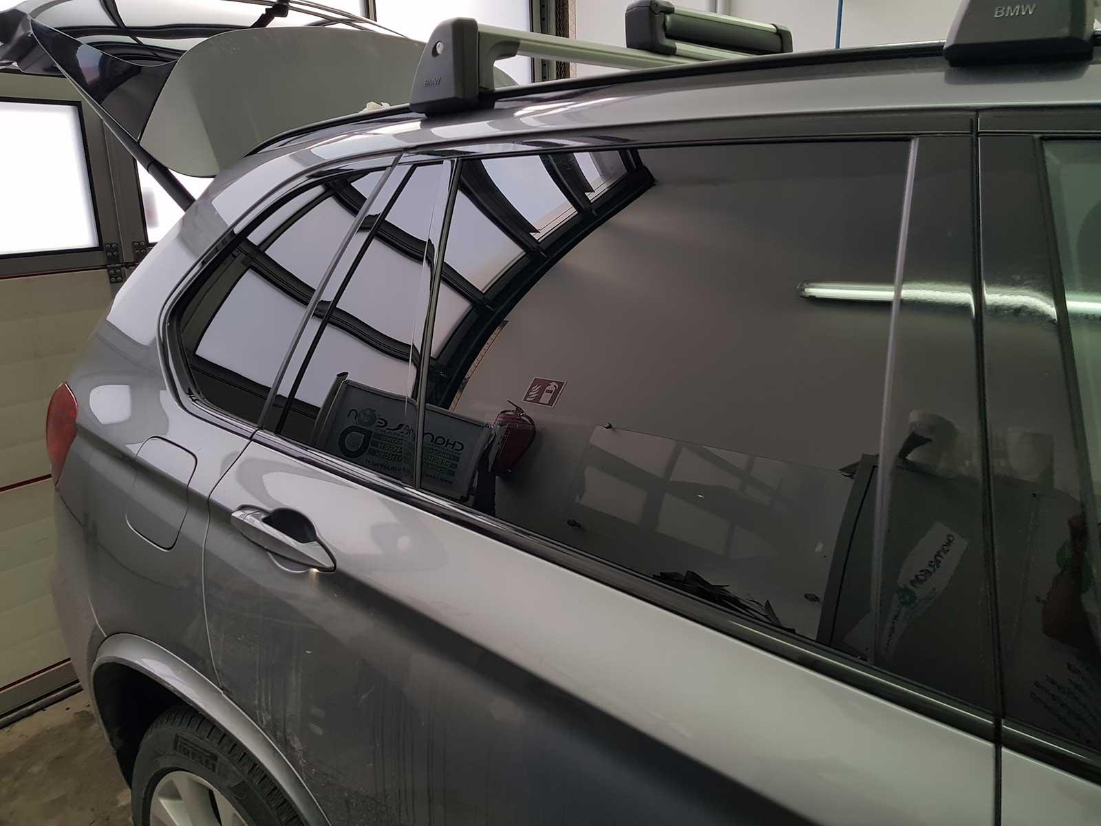 Scheibentönung Chameleon Wrapping Company Eben im Pongau Salzburg Autofenster verdunkeln