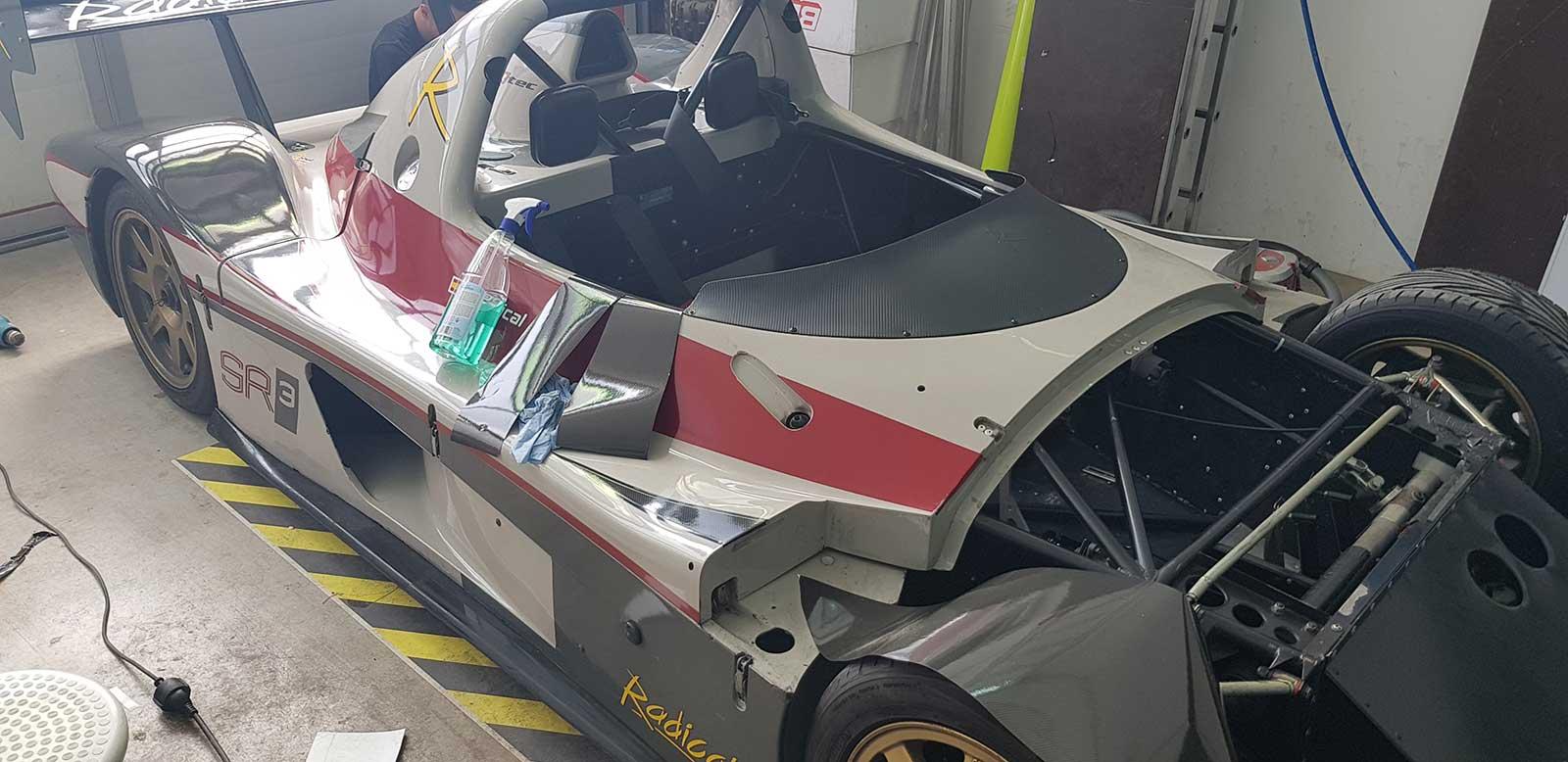 Folierng Sportwagen Rennauto