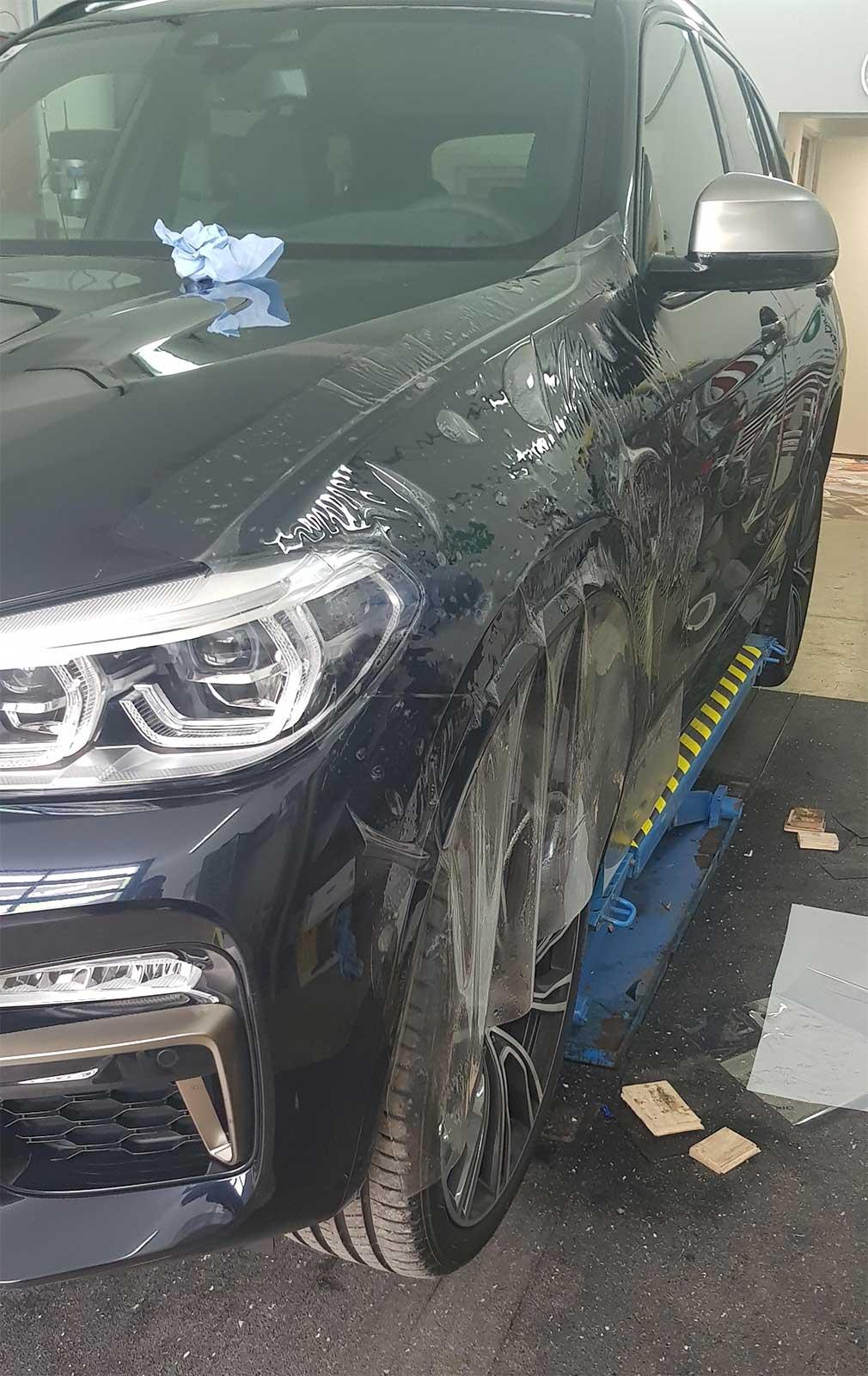 Steinschlagsutz Folierung zum Schutz vor Kratzern und Steinschlagschäden an KFZ-Fahrzeugen
