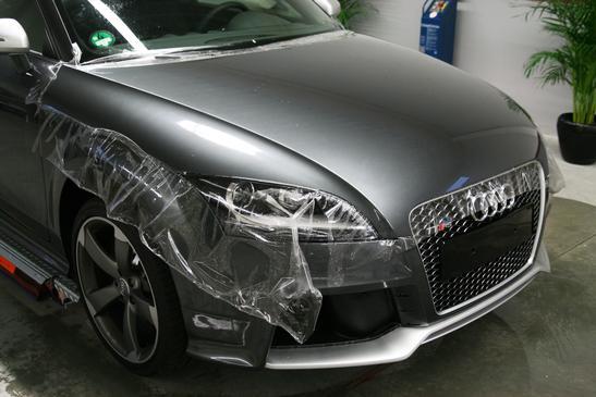 Steinschlagschutz KFZ-Fahrzeug - Schutzfolierung gegen Steinschlagschäden und Kratzern