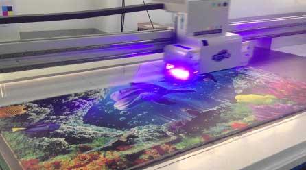 UV-Drucker der Chameleon Wrapping Company in Eben im Pongau - Salzburg