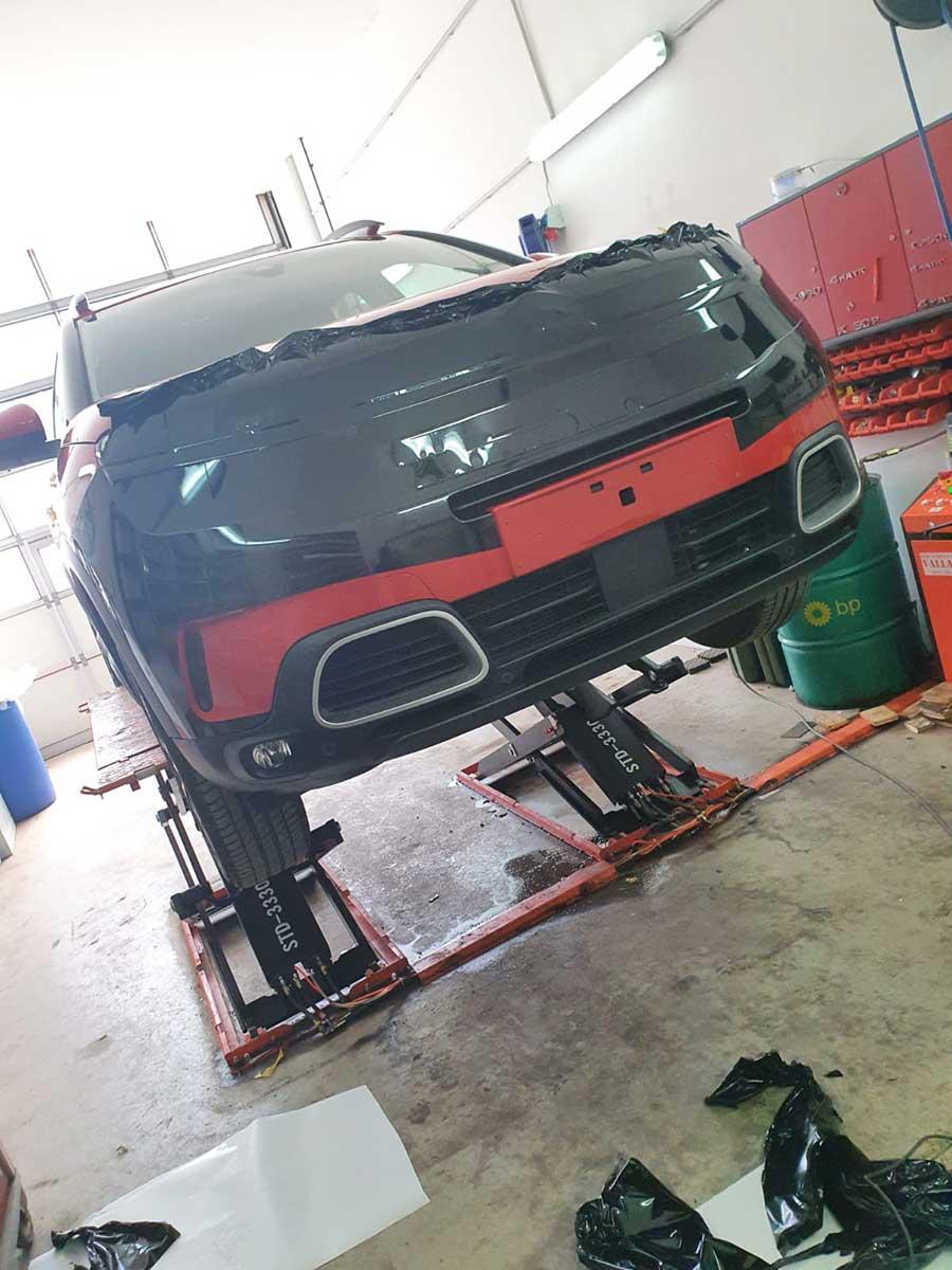 Carwrapping - Autobeklebung mit Folie in der Werkstatt für Autofolierungen in Eben im Pongau