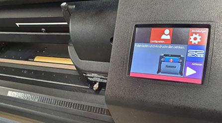 Digitaldruckgerät der Werbetechnik Firma Chameleon Wrapping Company in Eben im Pongau - Salzburg
