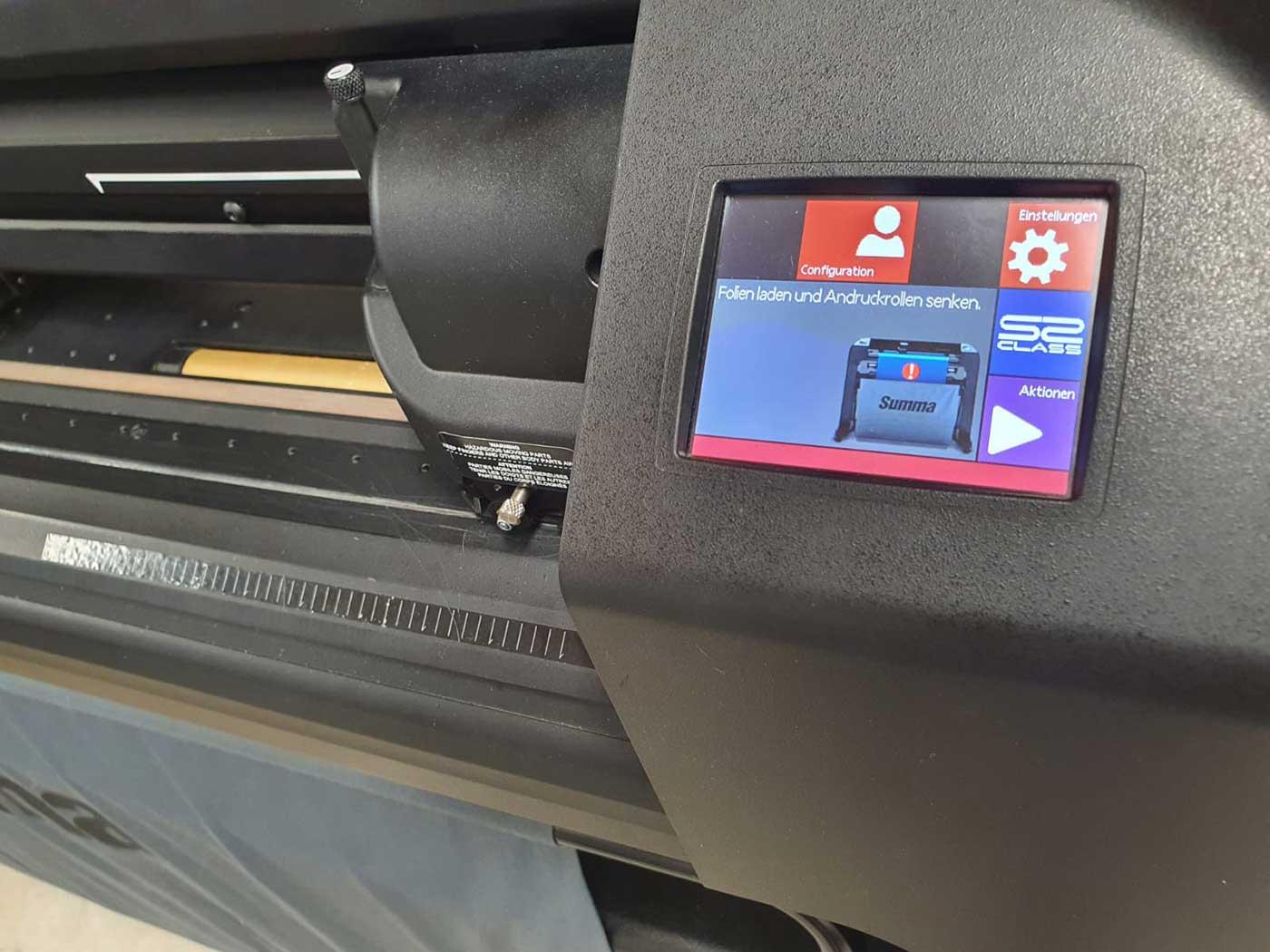 Gerät für Digitaldruck der Werbetechnikfirma Chameleon Wrapping Company in Eben im Pongau Salzburg