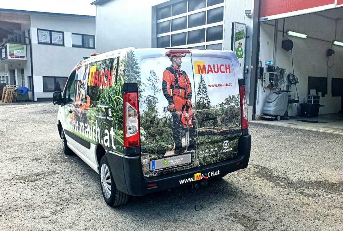 Fahrzeugbeschriftung - Frimenwagen Branding neu foliert - in der Fachwerkstatt für Beschriftungen und Folierung