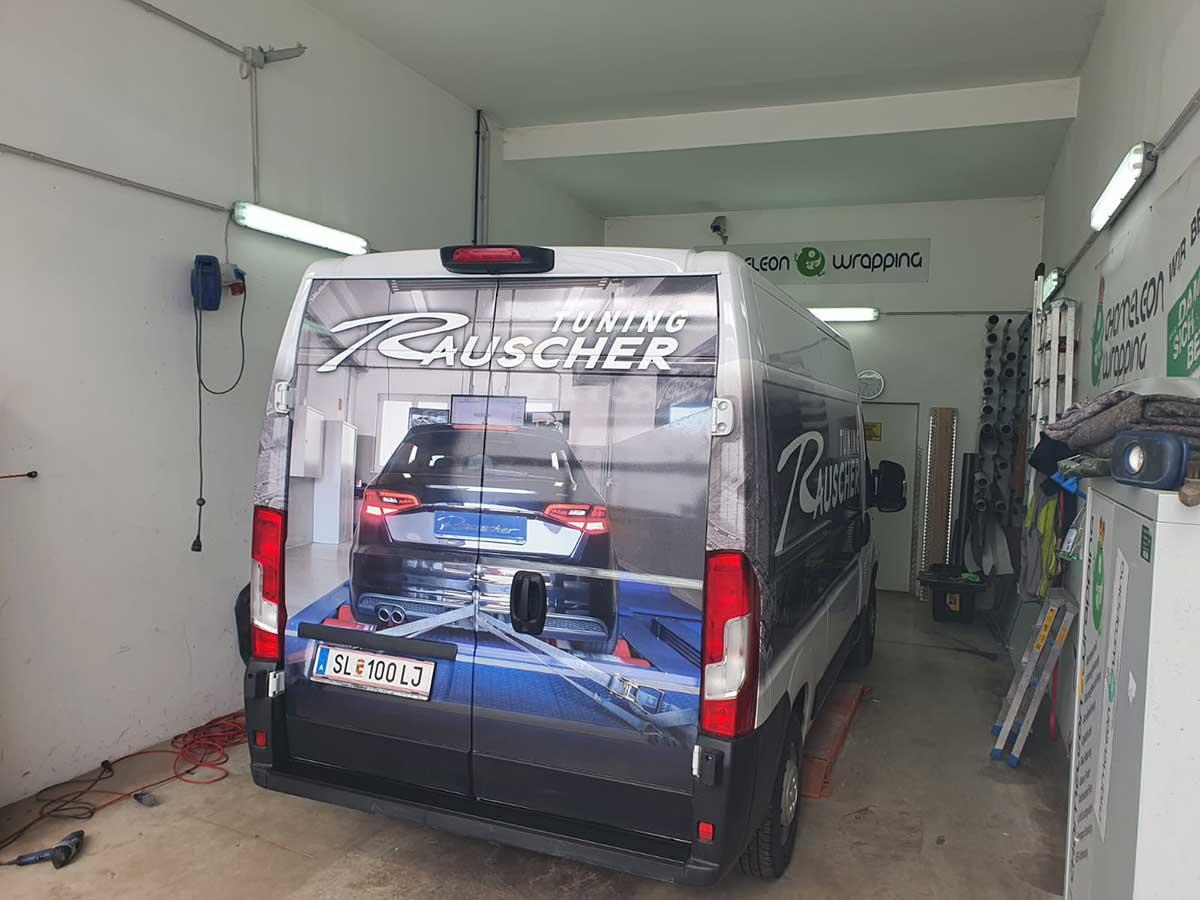 Auto beschriften lassen in Salzburg - bei Chameleon Wrapping Company in Eben im Pongau - Salzburg