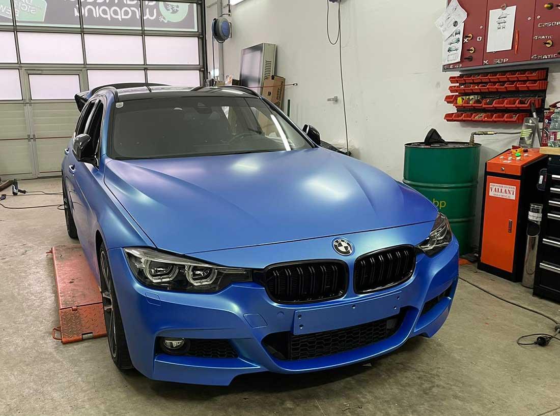 Folierung BMW Blau